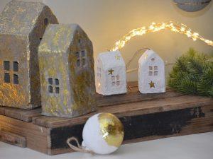 kersthanger huis, kersthanger paper mache, kerstboom hanger afbreekbaar, eco kersthanger