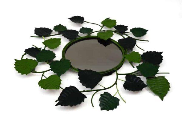 metalen spiegel bladeren