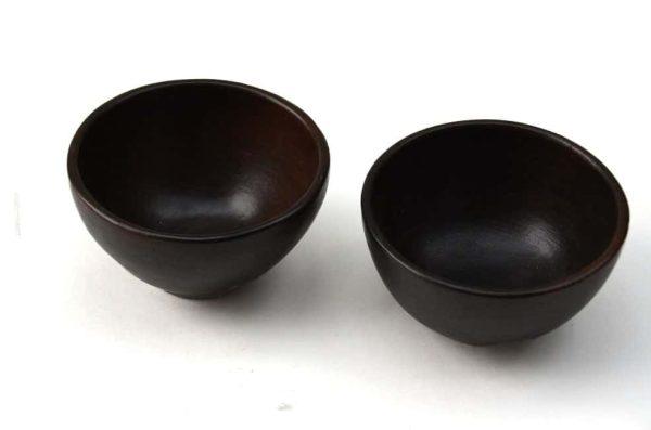 schaaltje aardewerk zwart