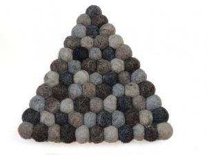 pannenonderzetter vilt driehoek grijs